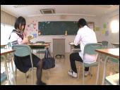 木村つなの制服ずらしハメ_01