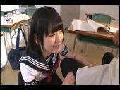 木村つなの制服ずらしハメ_02