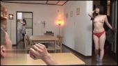 鈴木心春のTバックずらしハメ_02